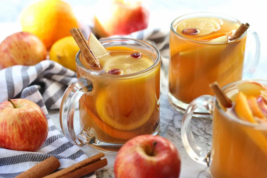 Recipe: Easy Hot Spiced Mulled Apple Cider (No Sugar Added)