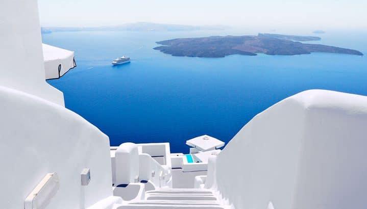 Santorini-private-tour